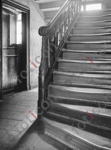 Treppe Ratingerstraße 17 | Stairway Ratingerstreet 17 (foticon-kleesattel-sw-004.jpg)